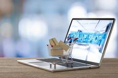 Online het winkelen concept Royalty-vrije Stock Fotografie