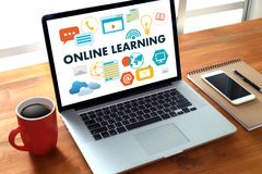 ONLINE LEARNING Connectivity Technology Coaching online Skills T. Each Digital Online Internet Royalty Free Stock Images