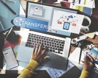 Online Leje się transfer technologii technologii bezprzewodowej pojęcie Zdjęcia Royalty Free