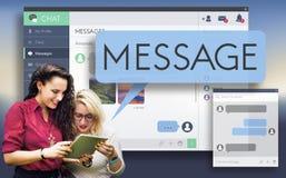 Online-meddelandeEmail Digital som pratar begrepp Royaltyfri Foto