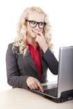 Online plaudernd Lizenzfreies Stockfoto