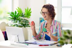 Free Online Remote Learning. Teacher With Computer Royalty Free Stock Photos - 181858268