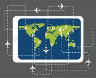 Online rezerwacja lota biletowa mapa z pastylka komputerem osobistym Obrazy Royalty Free