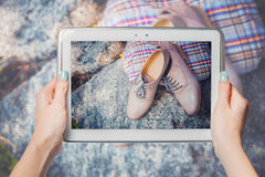 Online sale, buy shoes online Royalty Free Stock Photography