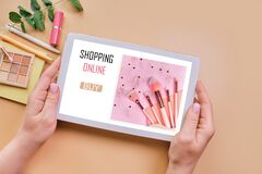 Free Online Shopping E-Commerce Purchase Market With Tablet Royalty Free Stock Photography - 215767747