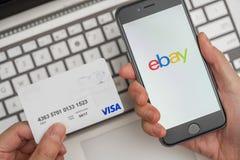Online-shopping på eBay Royaltyfria Foton