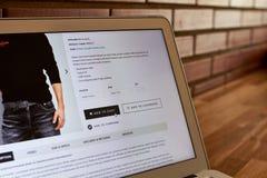 Online sklepu zakupu ekran zdjęcie stock
