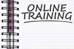 Online-utbildningsord på våranmärkningsboken Arkivbild