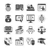 Online-utbildningssymbolsuppsättning Inklusive symbolerna som avlade examen, böcker, student, kurs, skola och mer Arkivfoton