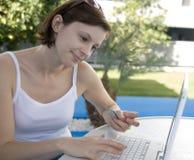 Online Winkelend Royalty-vrije Stock Afbeeldingen