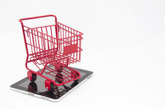 Online Winkelend met Tablet Stock Foto's