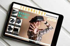 Online zakupy: online sklep, sprzedaż rzeczywistość wirtualna produkty Zdjęcia Royalty Free