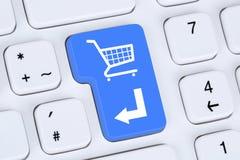 Online zakupy rozkazu handlu elektronicznego interneta sklepu pojęcie Obrazy Royalty Free