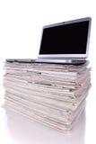Onlinenachrichten Stockfotos