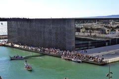 Ono potyka się na starym porcie Marseille Zdjęcia Stock