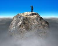 Ono wpatruje się na górze euro symbolu kształta skalistej góry Zdjęcia Stock