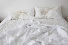 Onopgemaakt Bed Royalty-vrije Stock Afbeeldingen
