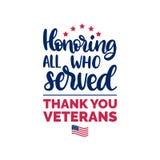 Onorando tutti che serviscano, iscrizione della mano con l'illustrazione della bandiera di U.S.A. Manifesto di giornata dei veter illustrazione di stock