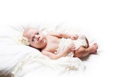 Onschuldige leuke baby Stock Afbeeldingen