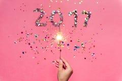 2017 ont fait des confettis et du cierge magique Image libre de droits