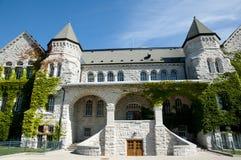 Ontario Hall budynek przy królowej ` s uniwersytetem Kingston, Kanada - fotografia royalty free