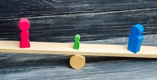 Ontbering van ouderlijke rechten concept bewaring van een kind Wettelijke scheiding hamer van een rechter familiehof, wet ouderst stock fotografie