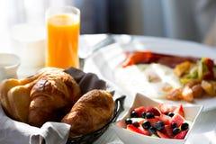 Ontbijt bij hotel stock afbeelding