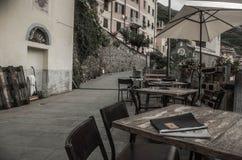 Ontbijt in cinque terre, Italië royalty-vrije stock afbeeldingen