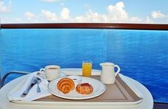 Ontbijt door bediening op de kamer Royalty-vrije Stock Afbeelding