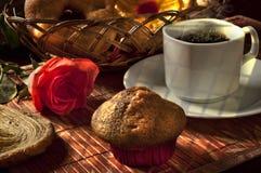 Ontbijt met brood en koffie Royalty-vrije Stock Foto