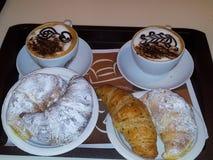 Ontbijt in Milaan Italië stock fotografie