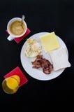Ontbijt op lijst stock fotografie