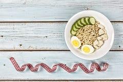 Ontbijt, schotel, gezond voedsel, havermoutpap, kouskous, quinoa, snack, exemplaarruimte royalty-vrije stock foto's