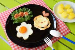 Ontbijt voor jonge geitjes Royalty-vrije Stock Fotografie