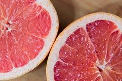 Ontbijtgrapefruit het Dienen royalty-vrije stock afbeelding