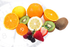 Ontbijttijd met gemengde vruchten Royalty-vrije Stock Foto