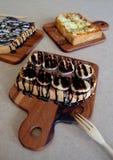 Ontbijttoost, Pizza, bananenchocolade, chocoladepinda Stock Foto