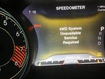 Ontbroken het Systeem Niet beschikbaar met 4 wielen van de autoaandrijving stock fotografie