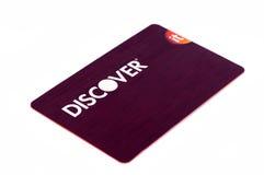 Ontdek creditcard dichte omhooggaand op witte achtergrond Selectieve nadruk met ondiepe diepte van gebied Royalty-vrije Stock Foto