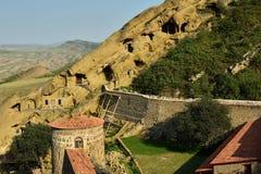 Ontdek Kraanbalk Gareja één van het grootste klooster complex in Georgië stock foto