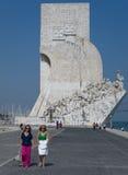 Ontdekkingenmonument in Lissabon, Portugal Stock Foto's