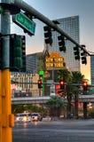 Onthaal aan de strook van Las Vegas in Dawn Stock Foto