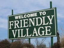 Onthaal aan vriendschappelijk dorp Royalty-vrije Stock Afbeelding