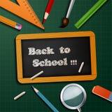 Onthaal terug naar schoolachtergrond met schoolbehoeften Stock Foto