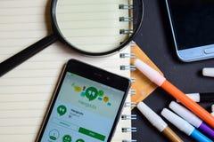 Ontmoetingsplaatsen App op Smartphone-het scherm stock afbeelding