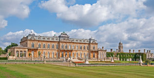 Ontruk het Waardige Huis van het Park, Engeland Stock Fotografie