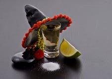 Ontsproten glas van tequilla Stock Afbeelding