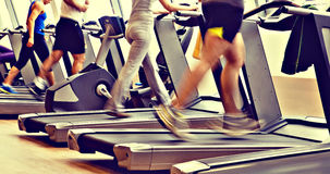 Ontsproten gymnastiek - lopende machines Royalty-vrije Stock Foto