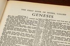 Ontstaan 1 in het begin van Oude Bijbel royalty-vrije stock foto's