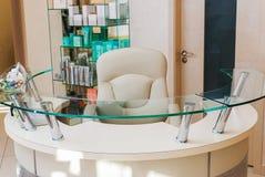 Ontvangst van een Salon van het Schoonheidskuuroord - beheerderstreek Royalty-vrije Stock Foto's